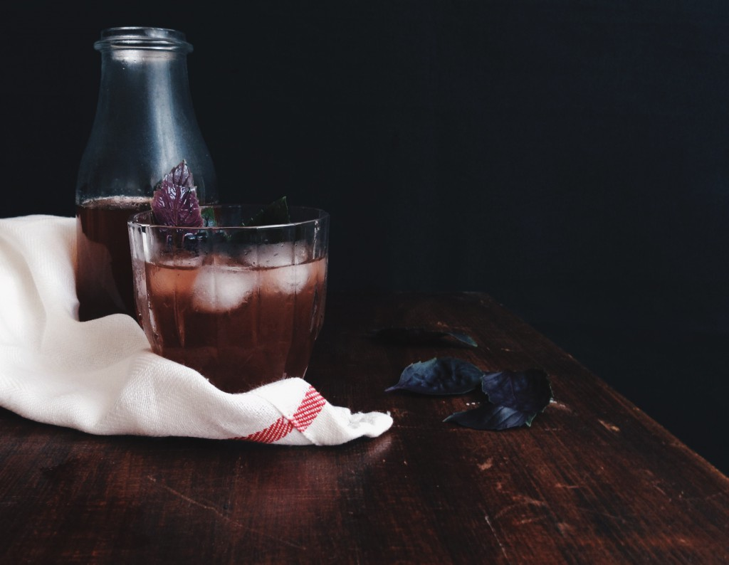 Purple Basil Lemonade #sugarfree #fructosefree #fructosemalabsorption // Lila Basilikum-Limonade #ohnezucker #fructosearm #fructoseintoleranz // Fructopia.de