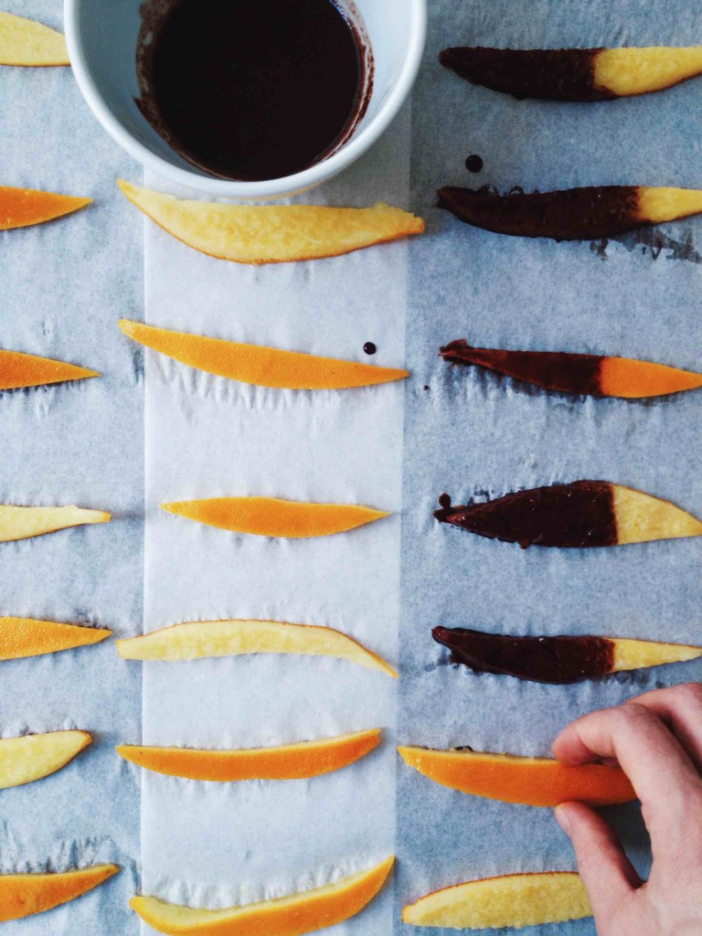 Oranges rediscovered: Turn orange peels into a fructose friendly treat // fructopia.de