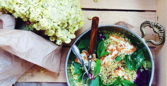 Toasted Quinoa Salad With Grilled Halloumi And Herbs (Vegetarian, Gluten-Free, Fructose Free)
