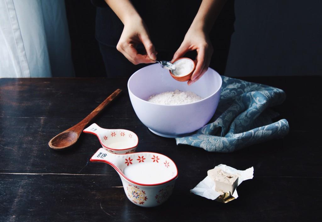 Kokos-Schokobrötchen für gemütliche Adventswochenende (vegan, fructosearm, weizenfrei) // Delicious Coconut Chocolate Buns for cozy winter weekends (vegan, fructose-friendly, wheat-free, lowFODMAP)