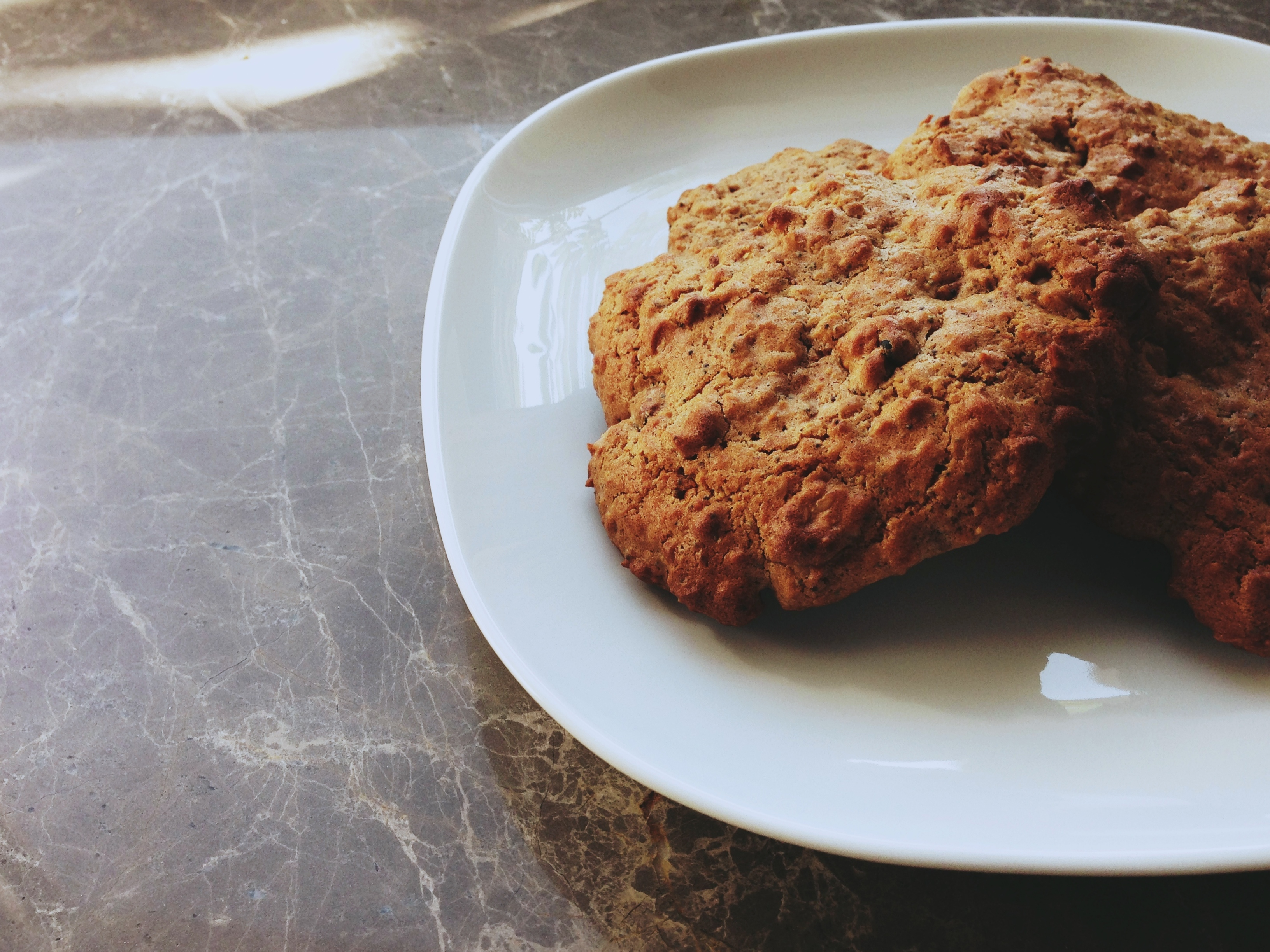 Oatmeal spice cookies low in fructose
