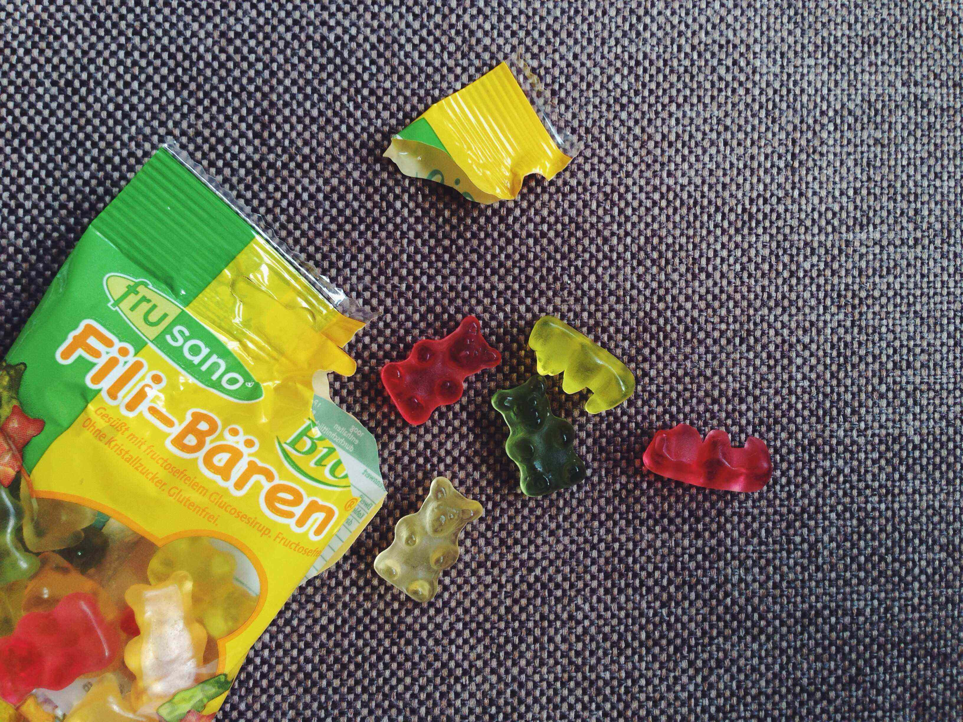 Review: Fructose free, gluten free gummy bears by Frusano