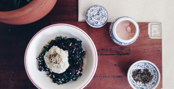 Verbotener Reis mit Avocado-Nährhefe-Dressing (vegan, fructosearm, glutenfrei)