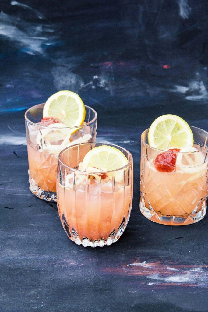 Fenchelwodka mit Rhabarber | Getränke ohne Zucker | fructopia.de