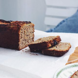 Spelt Banana Bread with nuts | refined sugar-free, no added sugar, wheat-free, vegan | fructopia.de/en